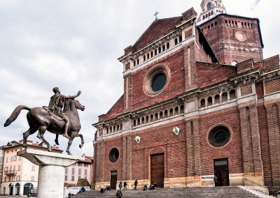 Duomo di Pavia Italy